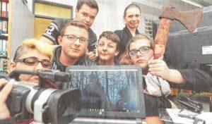 Artikelbild2016_Mit-Axt-Kunstblut-und-Kamera-ins-Filmprojekt